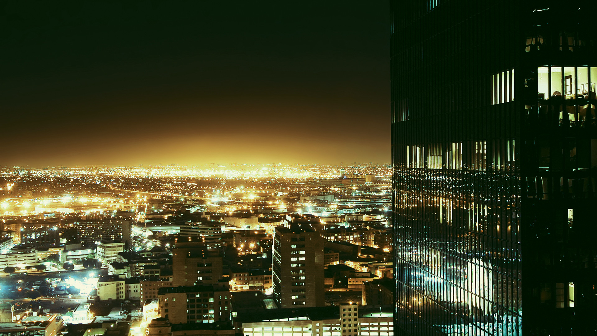 la-streetlights-hero.jpg