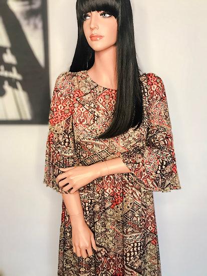 Robe longue bohème chic à manches plissées et ourlet plissé en mousseline imprimée à motifs indiens