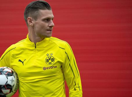 """عكس ما كان منتظر: """"بيتشاك"""" يمدد عقده مع نادي دورتموند الألماني"""