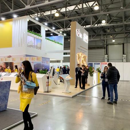 Туристическую выставку MITT посетила сотрудник усадьбы Виктория Зубкова