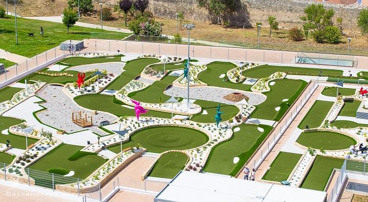 Minigolfe. Pro Putting Garden