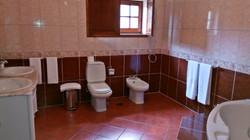 WC quarto pastel