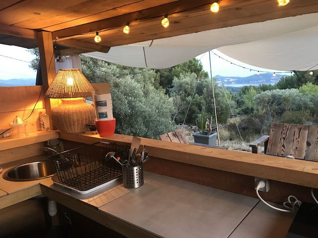 Kitchen Olivier.HEIC.jpeg