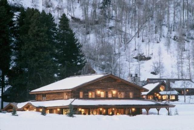 lodge-winter