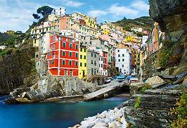 Riomaggiore, Cinque Terre, Italy.jpg