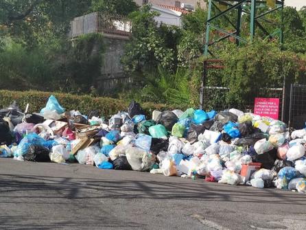 Emergenza rifiuti: sul Tirreno cosentino sindaci preoccupati