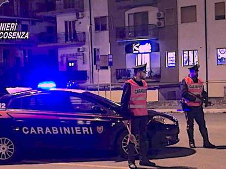 San Nicola Arcella, evade dagli arresti domiciliari. Fermato un 40enne