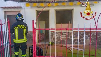 """Santa Maria del Cedro, fiamme in un appartamento al parco """"Mirage"""""""