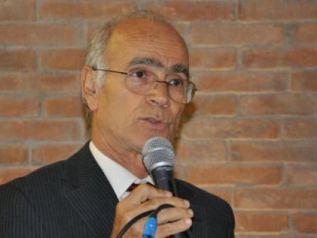 Rifiuti a Villapiana, salta l'ecodistretto: il no del sindaco Montalti