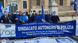 Basta aggressioni agli uomini in divisa: manifestazione nazionale del sindacato di polizia