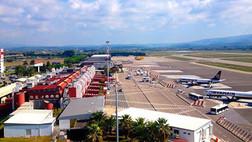 Aeroporti calabresi: vertice tra Catalfamo e De Metrio. Nuove strategie per gli scali regionali