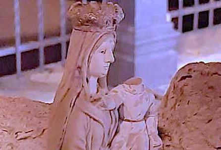 Castrovillari, decapitata la statua del Bambinello al Santuario Madonna del Castello