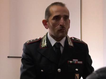 Corigliano Rossano, il Tenente Colonnello Giovinazzo al lavoro nel reparto