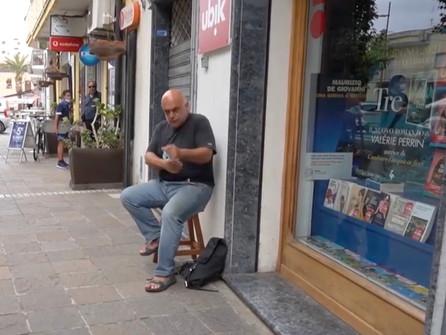 Praia a Mare, non paga i tributi: libreria chiusa. Si cerca una mediazione