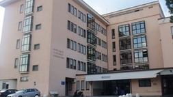 Riaprire i 18 ospedali chiusi: nuove iniziative dei sindaci