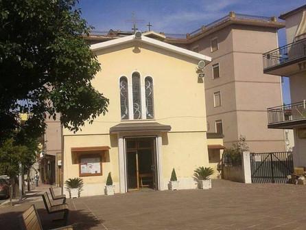 Corigliano Rossano, furto in chiesa, statua danneggiata. Due arresti