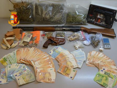 Cosenza, droga e armi: arrestato un 25enne di Bisignano