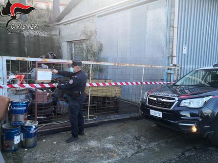 Scala Coeli, sequestrate carcasse d'auto disseminate sul territorio