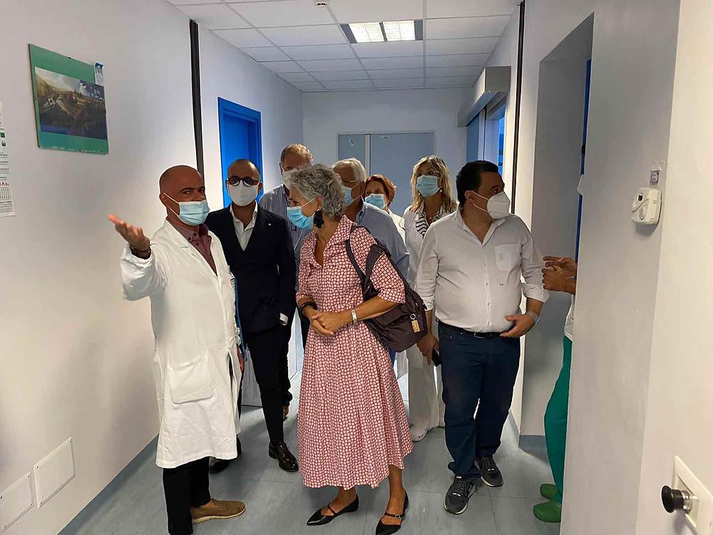 Il consigliere regionale DE Caprio in visita agli ospedali