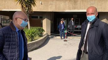 Trebisacce, il commissario ad acta, Andrea Urbani, in visita all'ospedale
