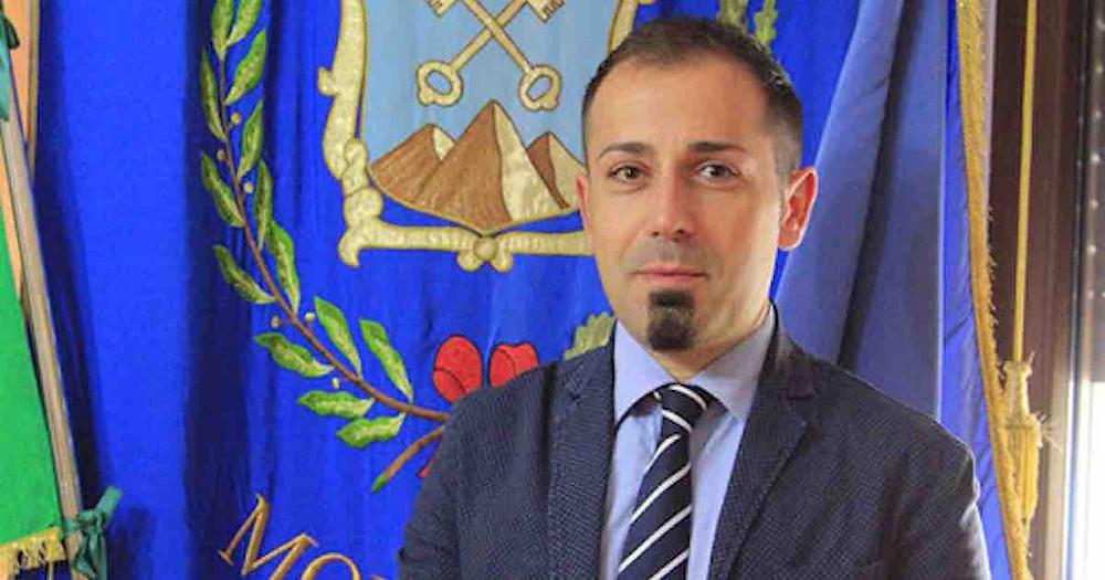 Il sindaco di Mormanno, Regina