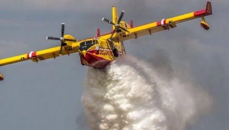 Aiello calabro, incendio: evacuate due abitazioni