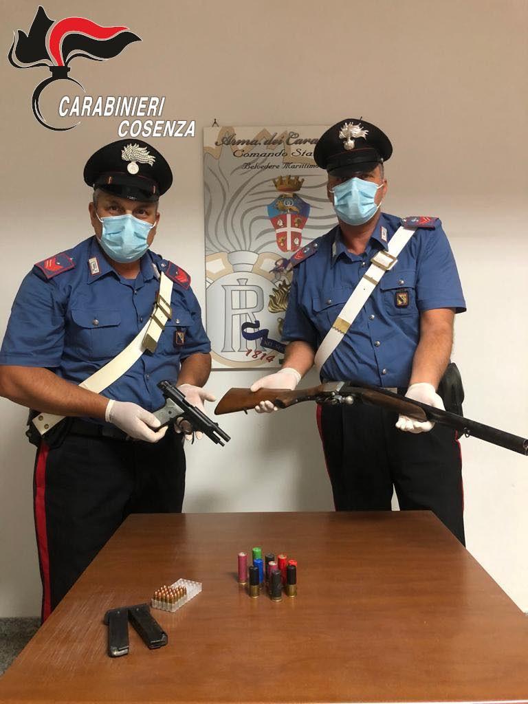 Belvedere armi sequestrate