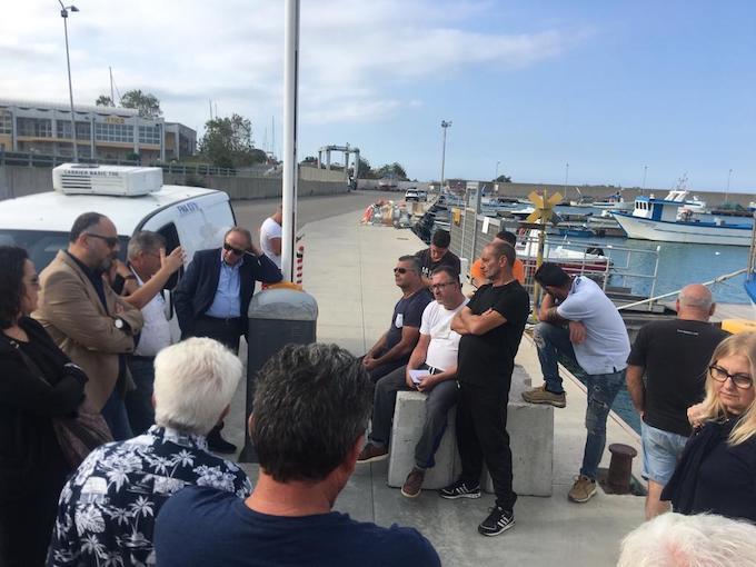 cariati, protesta, pescatori,