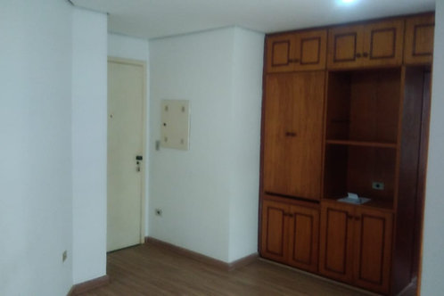 Centro (1 Dorm. + 1 WC + Sala + Cozinha + 1 Vaga)