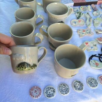 水府の山をイメージしたカップ