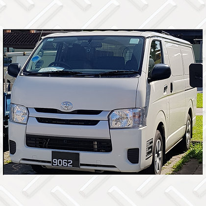 Toyota Hiace 9062