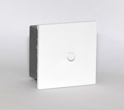 NUL-25 valkoinen.jpg