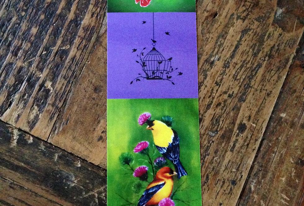 Marque page oiseaux sur fond violet