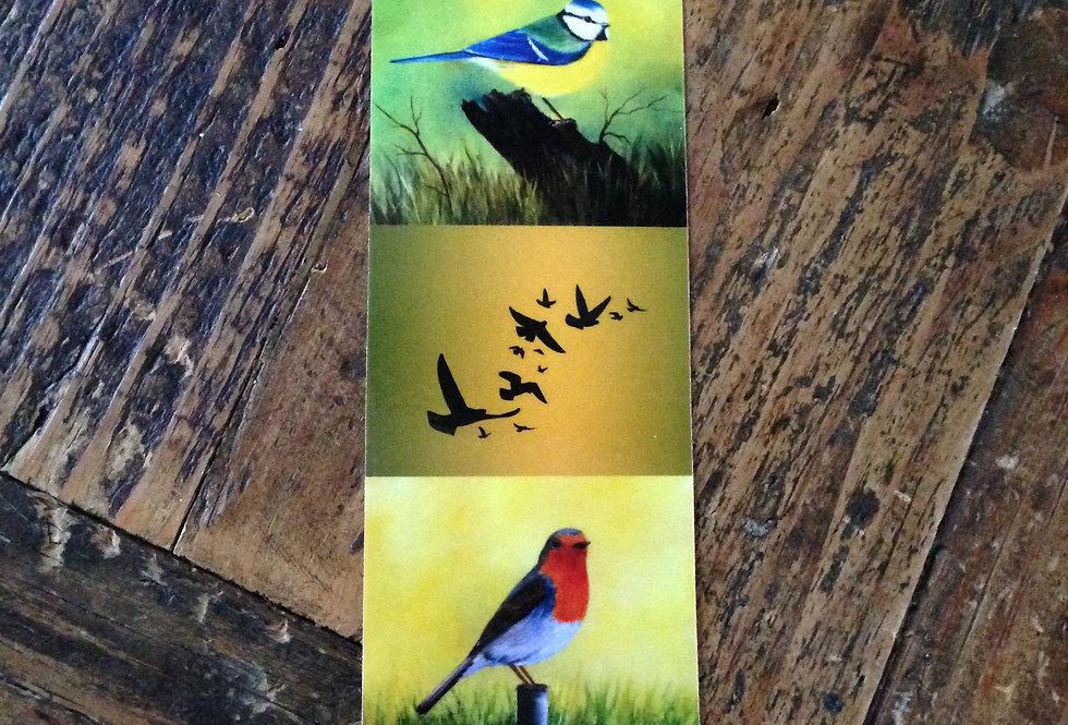Marque page oiseaux sur fond vert kaki