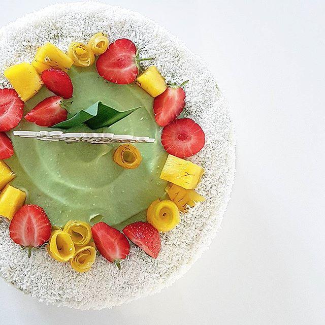 Pandan Cream Cake