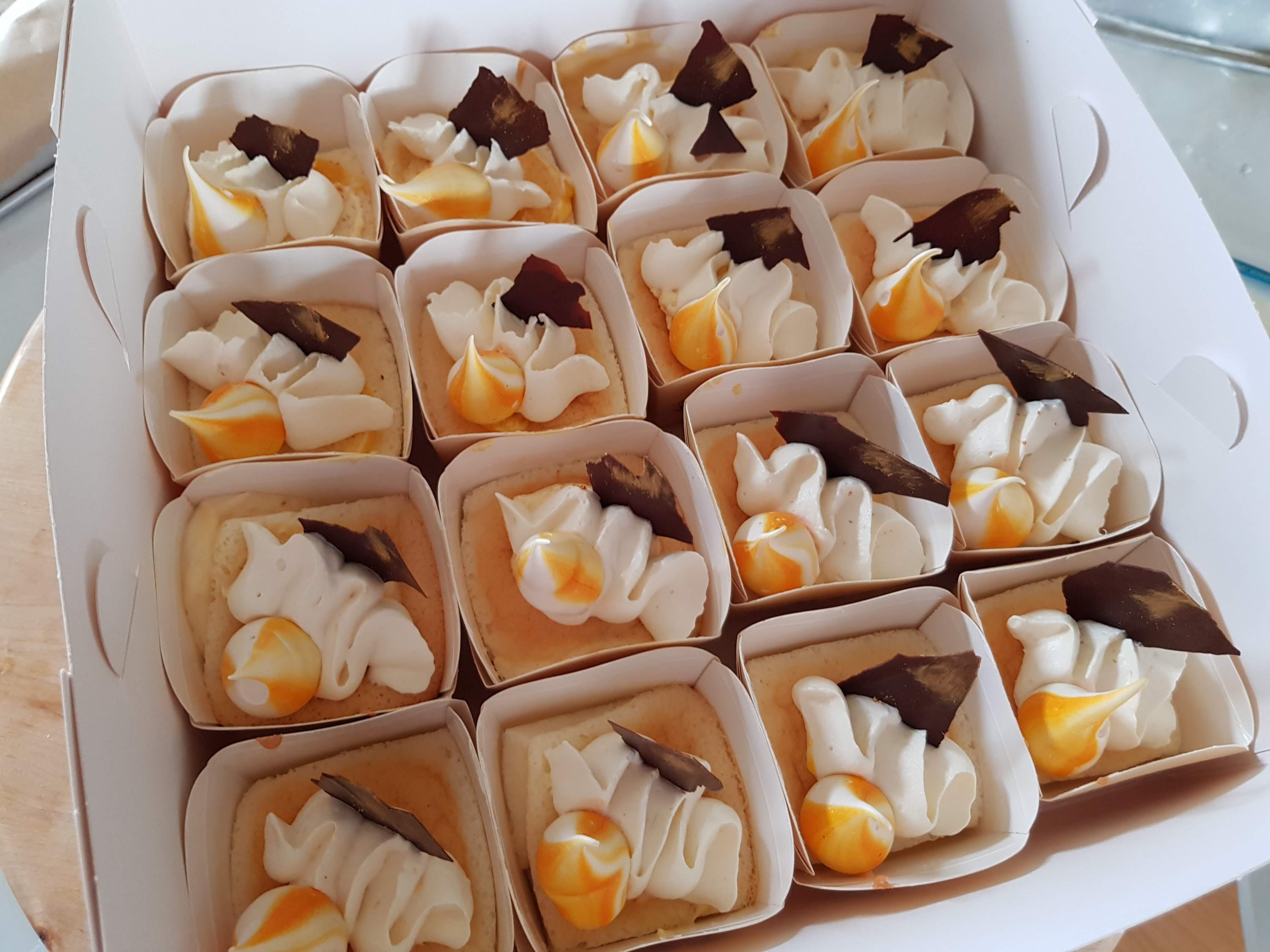 Mango Hokkaido cupcakes