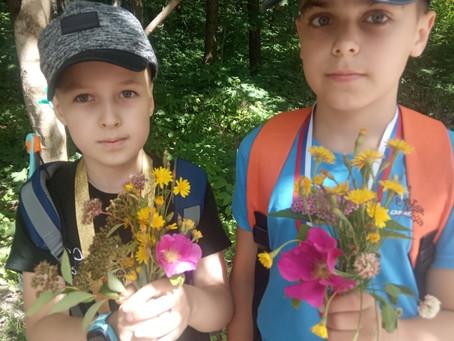 Букеты для мам из полевых цветов