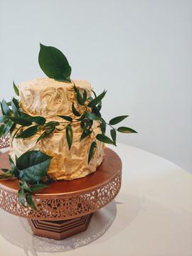 brown sugar wedding cake