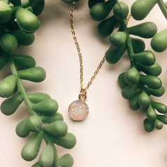 white druzy necklace.jpg