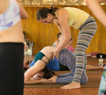 Orsi Plutzer Teaching Kapotasna