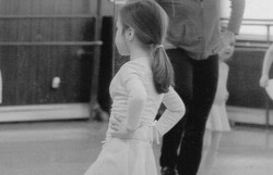 Lee Lund Studio - Tiny Dancers 2