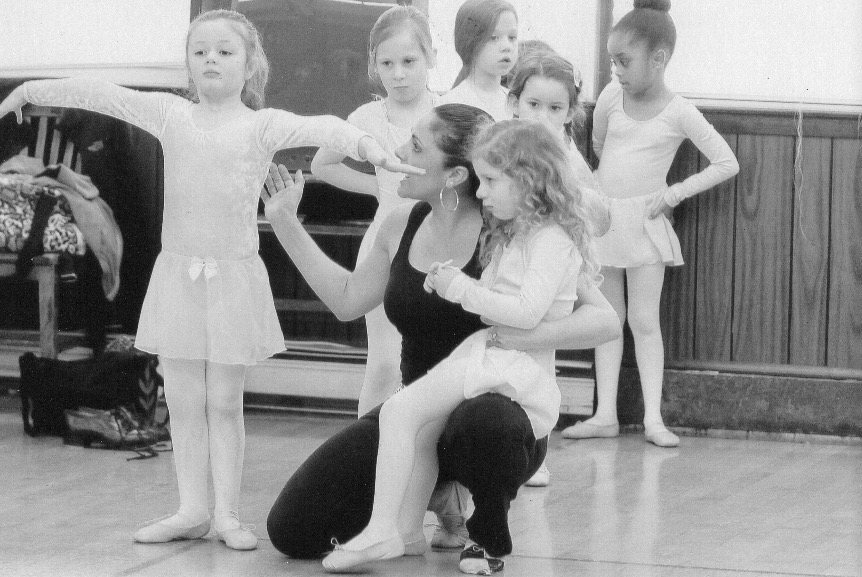 Lee Lund Studio - Tiny Dancers