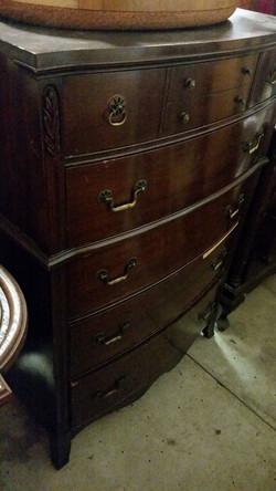 Dresser12