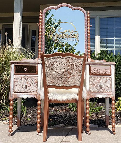 Stella Rosa Vanity and Chair