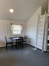 Spiseplass hytte 15.jpg