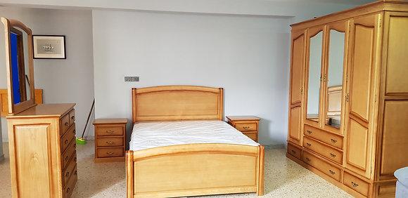 Dormitorio Modelo Castaño Macizo