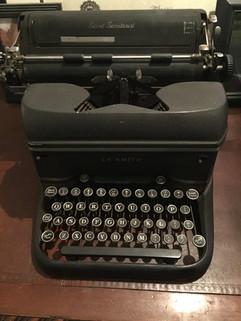 Vintage Typewriter - $10