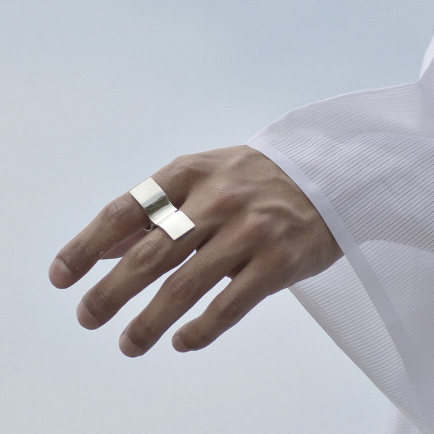 OPEN REFLECTION RING