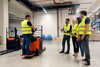 Training on the use of forklift trucks