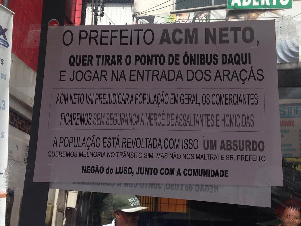 20150526094938_ponto_onibus_jeferson_negão_do_luso.jpg
